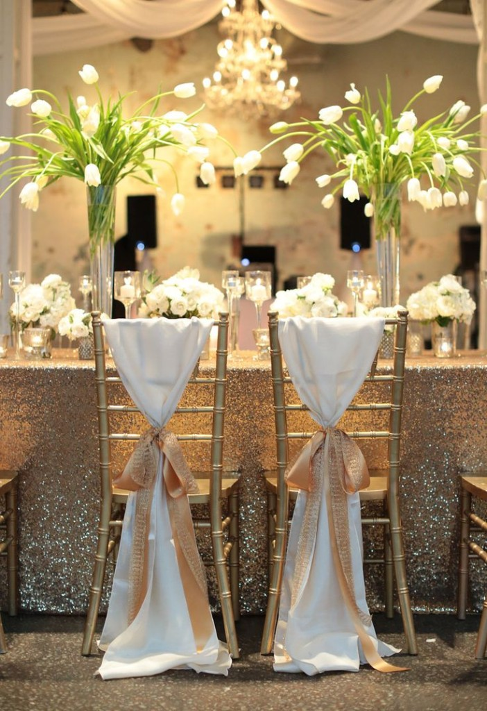 Your Own Sweetheart Table Or Wedding Cake Table With This Idea