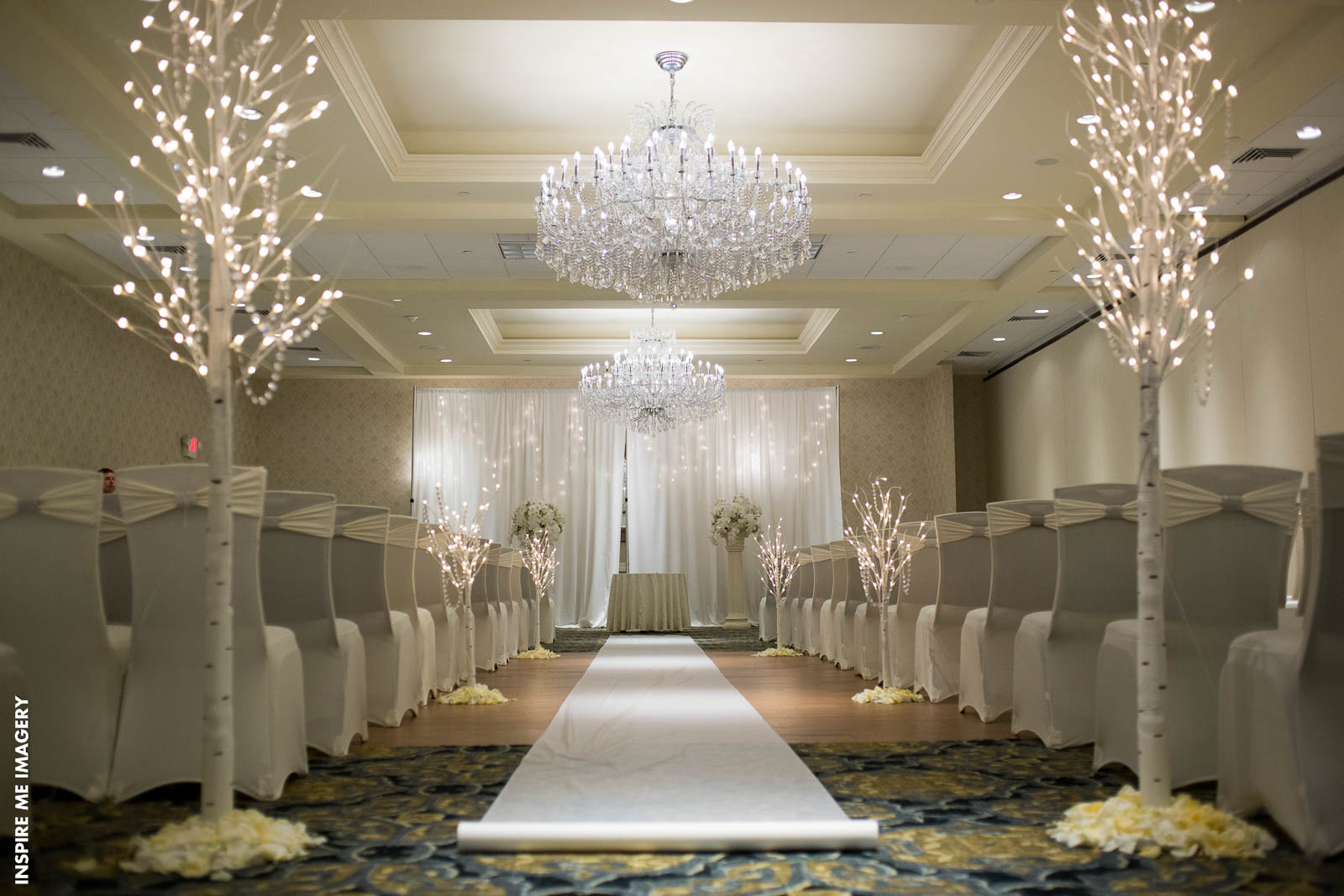 Wow Your Guests With These Wedding Aisle Decor Ideas East